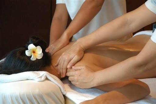 Four-Hands Massage